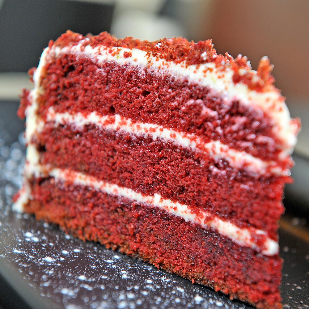 Red velvet cake 1000